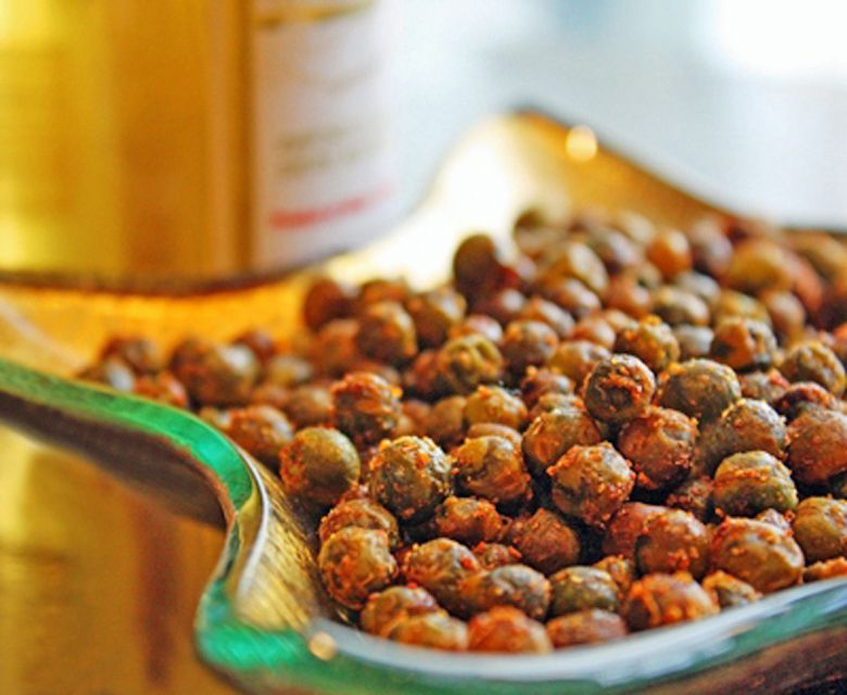 Roasted Spiced Green Peas - a great snack food!