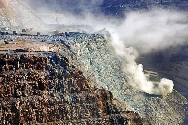 Blasting at Kalgoorlie Super pit gold mine