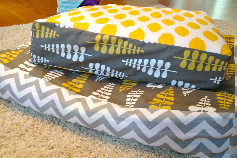 mat on baby floor mattress mats of vs low a bed new to image sleeping organic very the