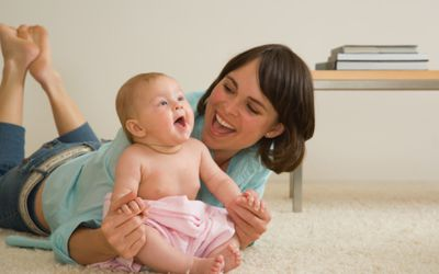 the advantages and disadvantages of co sleeping Co-sleeping with the child means the parents and children are sleeping in the same room or bed there are advantages and disadvantages associated with this practice.