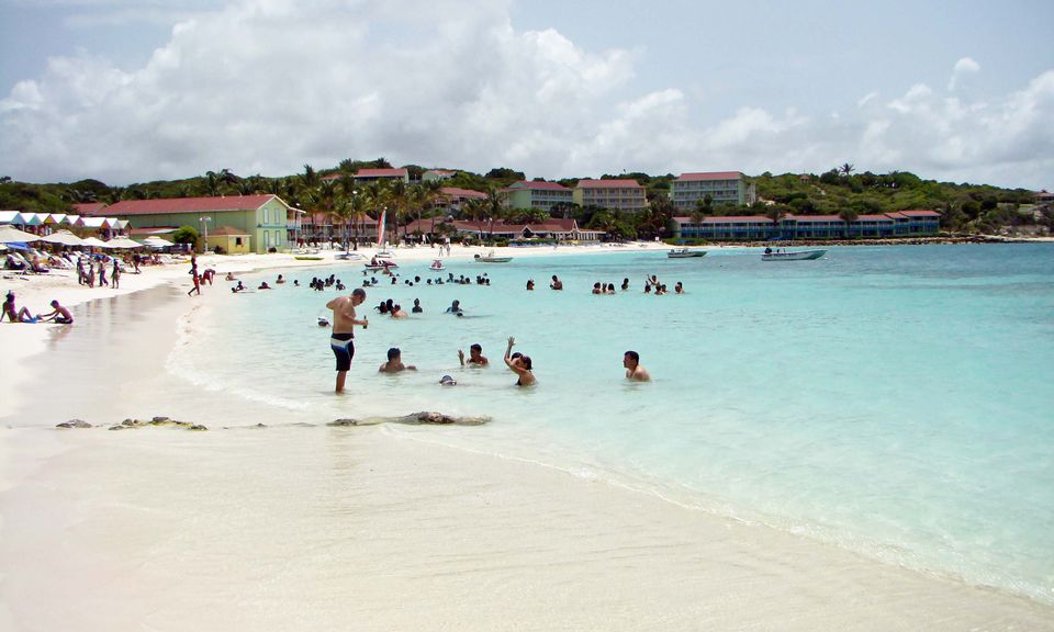 Long Bay, Antigua