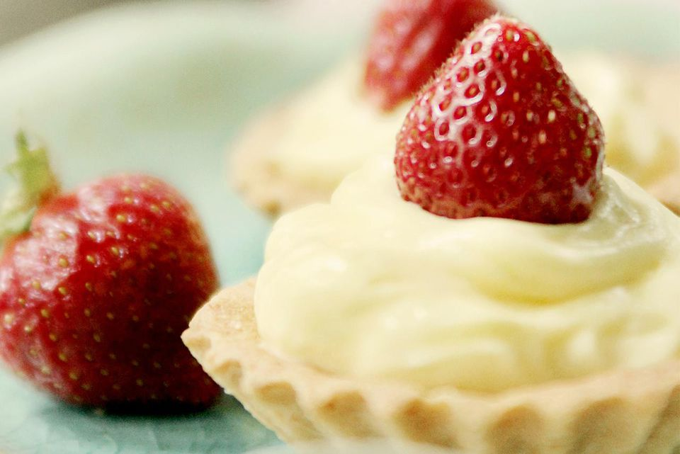 Almond Creme filled tartelettes