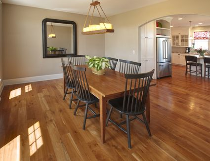 Here's a Beginner's Overview of Hardwood Flooring