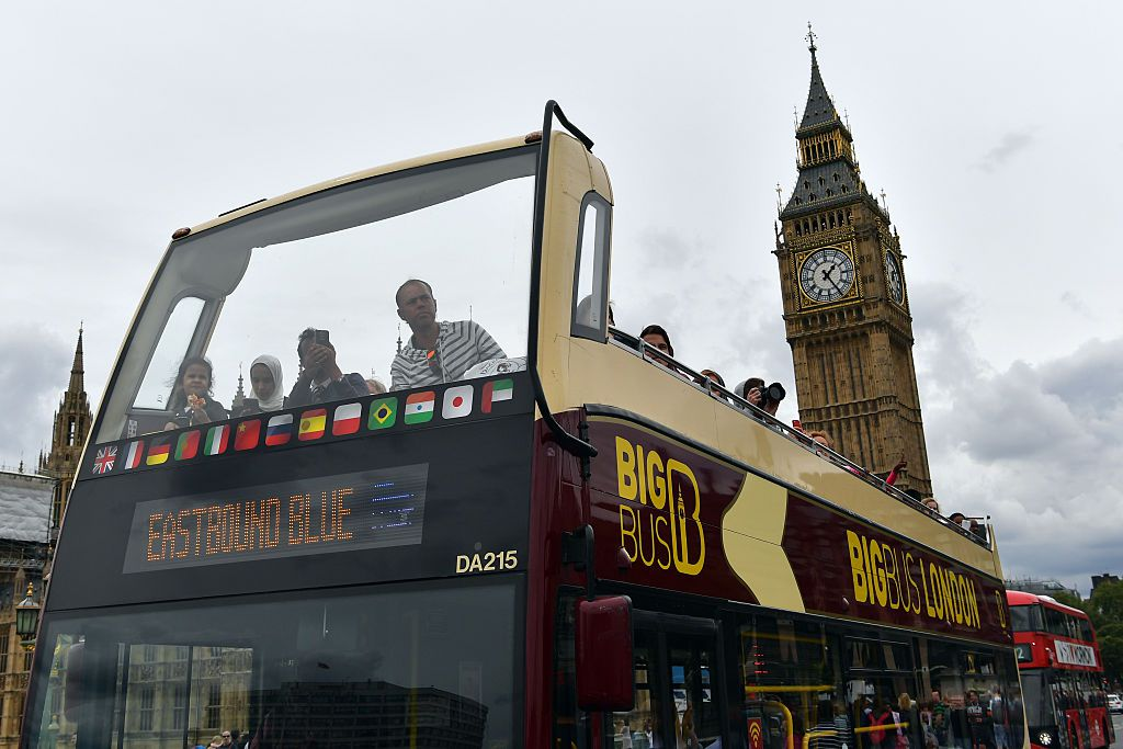 Take a Tour of London From the Deck of the Bus or a Classy Mini Cooper
