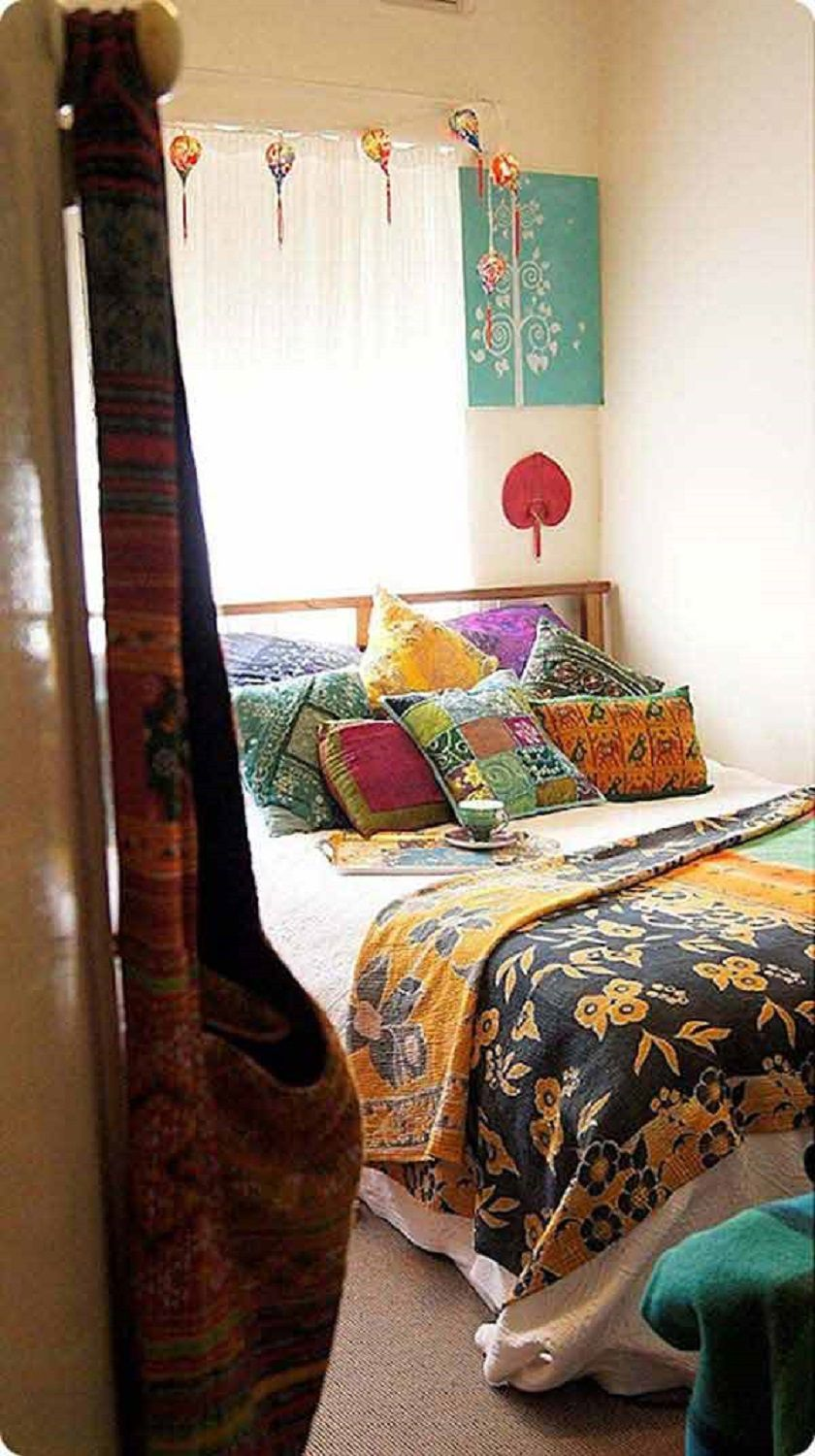 Beautiful boho bedroom decorating ideas and photos for Bedroom decoration designs