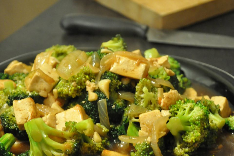 Broccoli and tofu in garlic sauce is both vegetarian and vegan