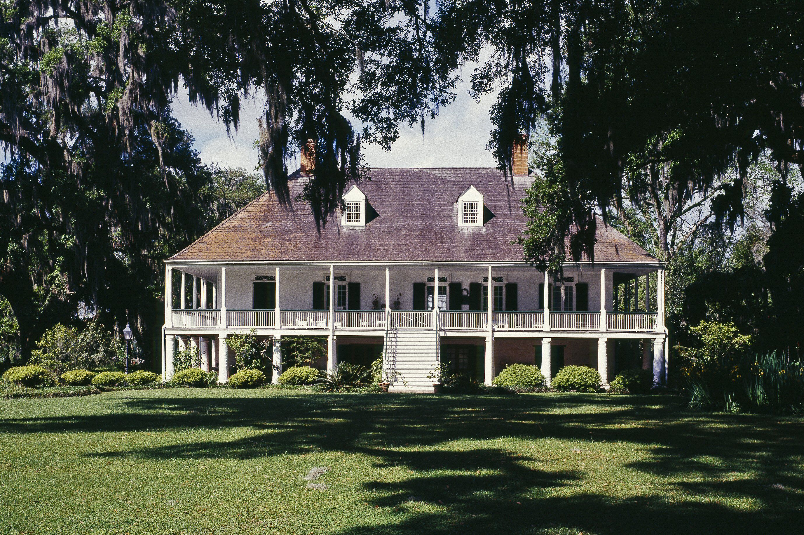 French creole and cajun houses in colonial america for House plans louisiana architects