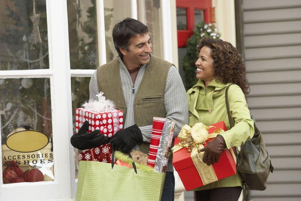holiday-shopping.jpg