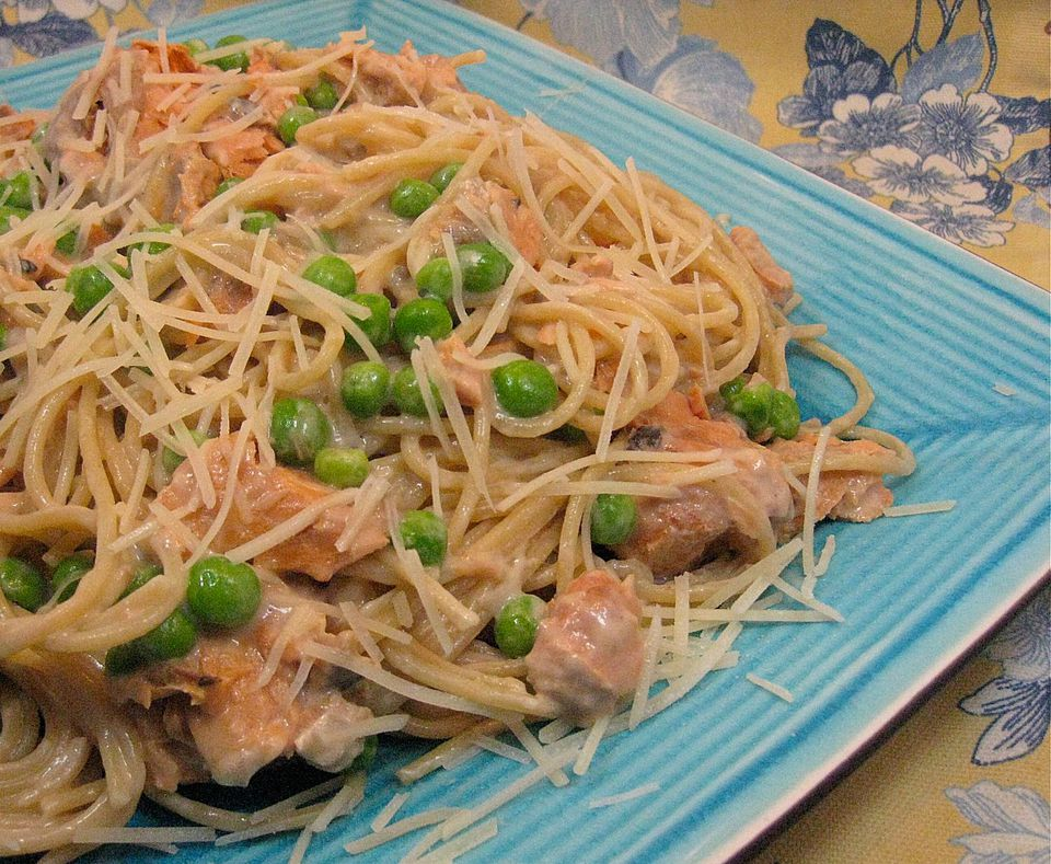 Salmon with Fettuccine