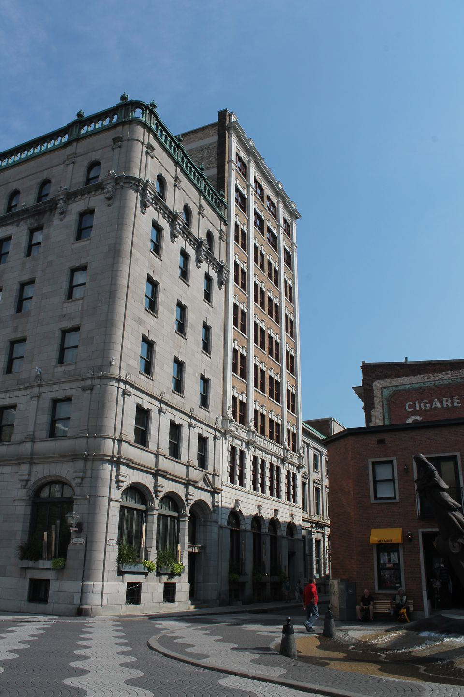 quebec hotels Gay city