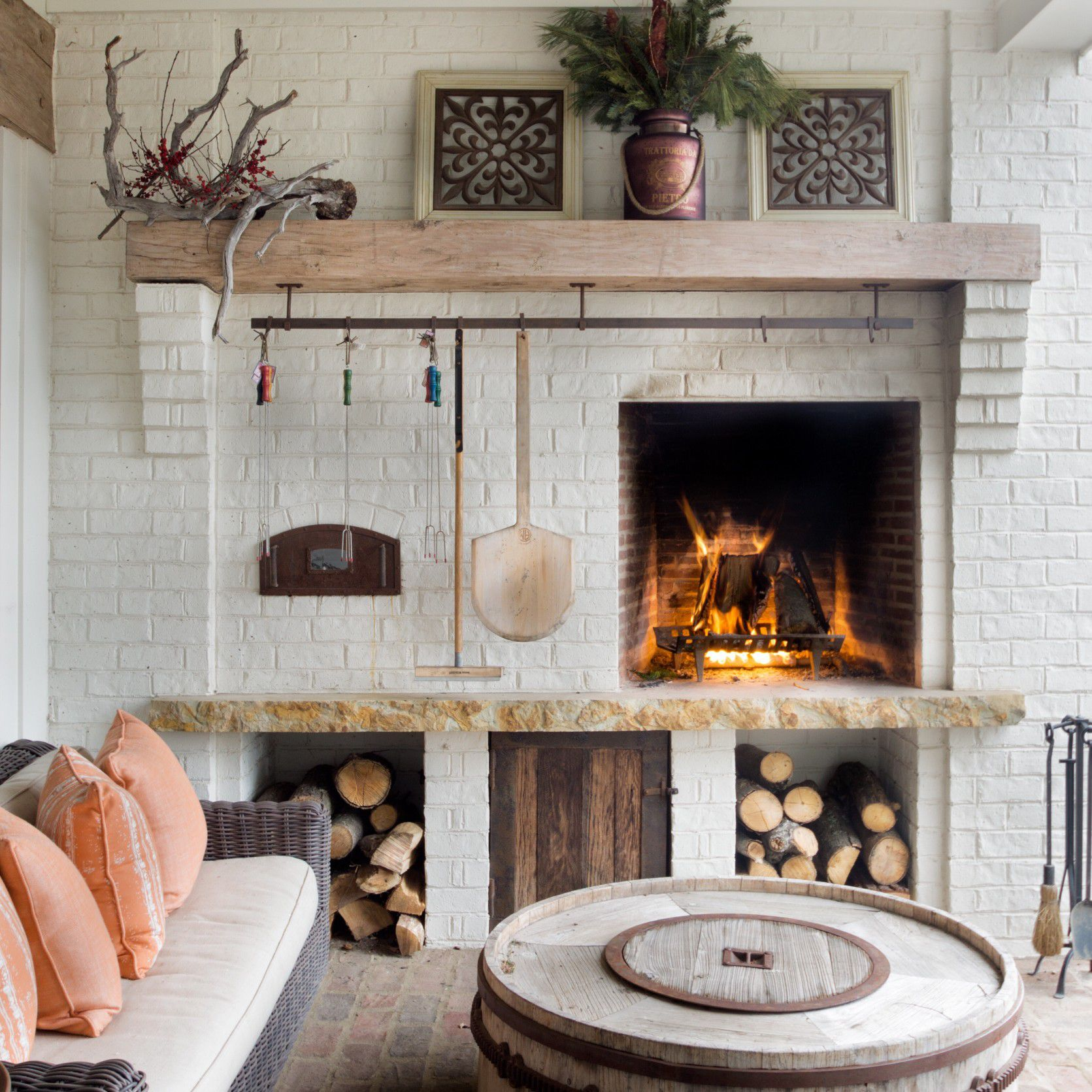 Modern Farmhouse Living Room: 15 Finds For Your Modern Farmhouse