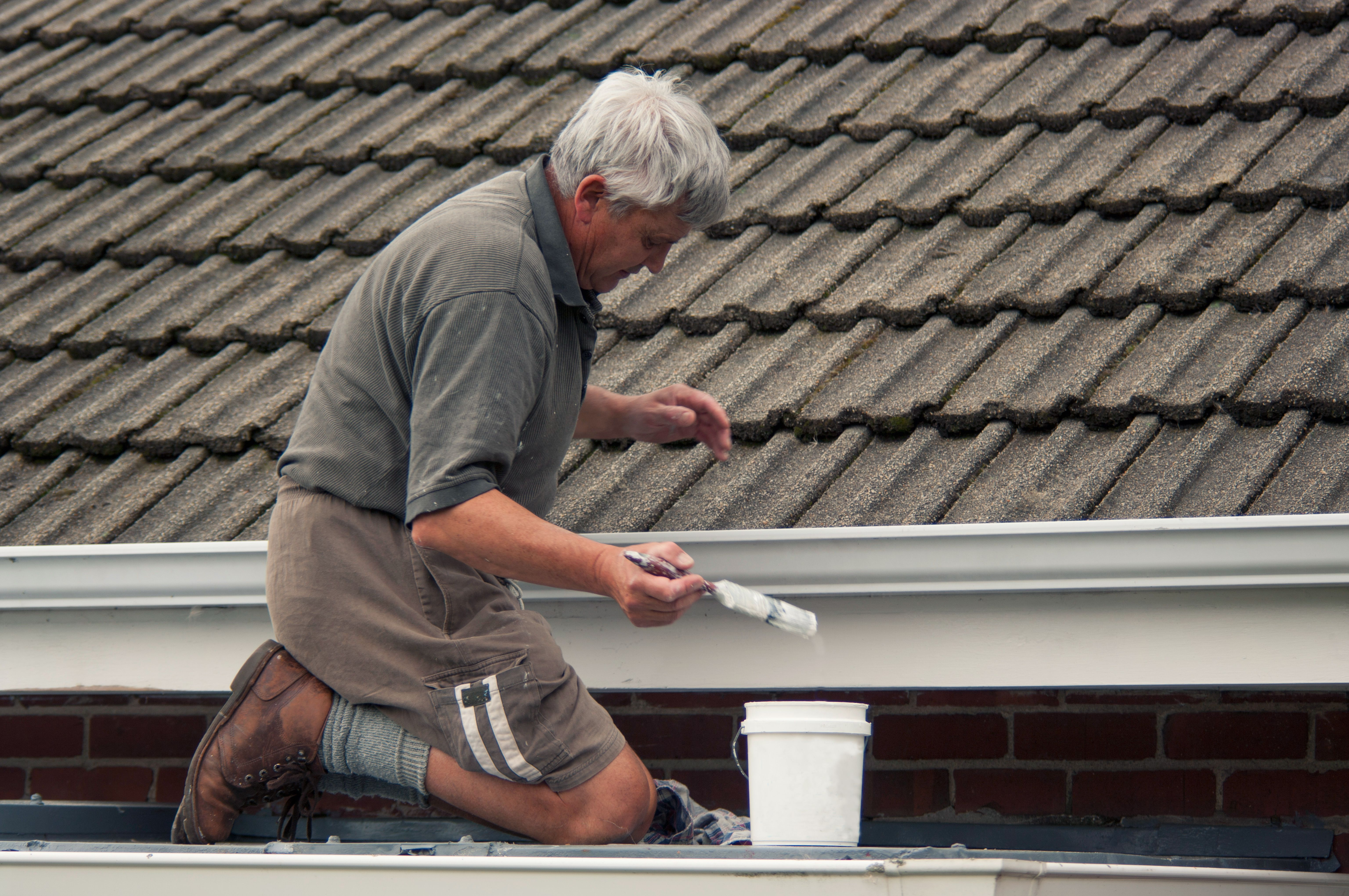 Can You Save Money By Painting Your Roof White