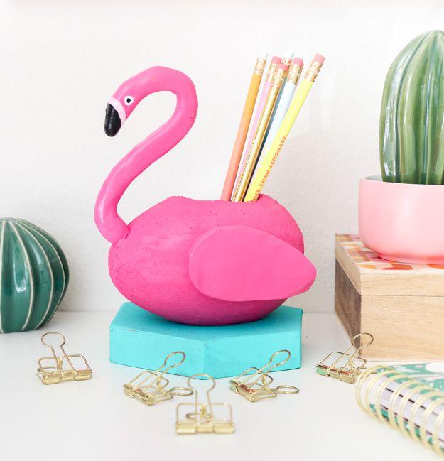 DIY Flamingo Pool Float Pencil Holder