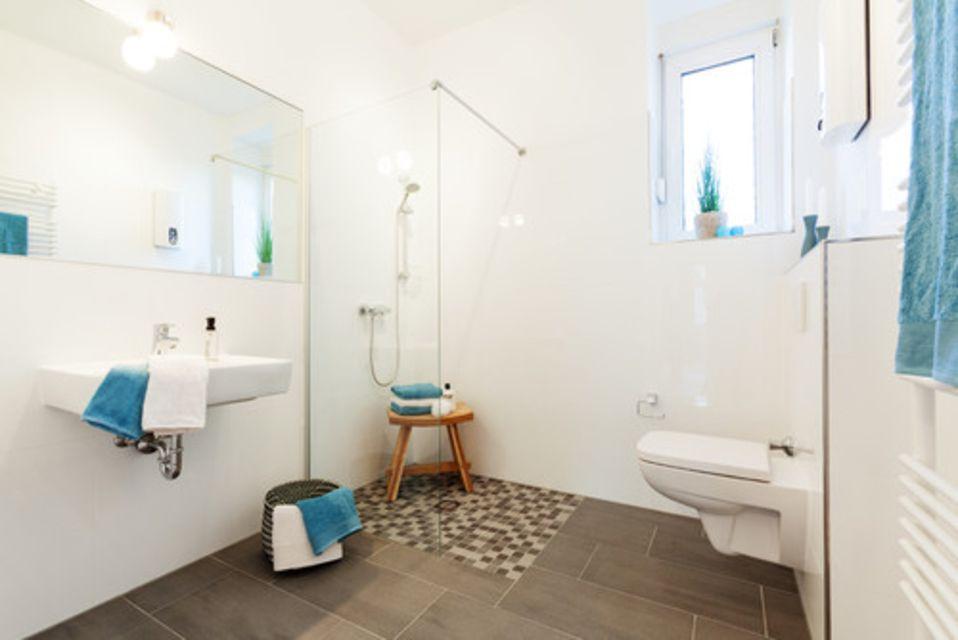 11 scandinavian style bathrooms. Black Bedroom Furniture Sets. Home Design Ideas