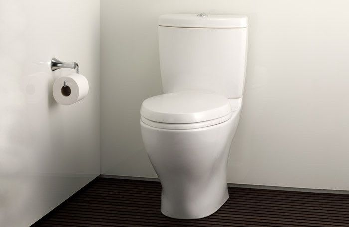 TOTO Aquia II Dual Flush Toiletjpeg
