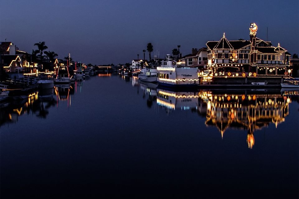 Holiday Lights in the Huntington Harbor