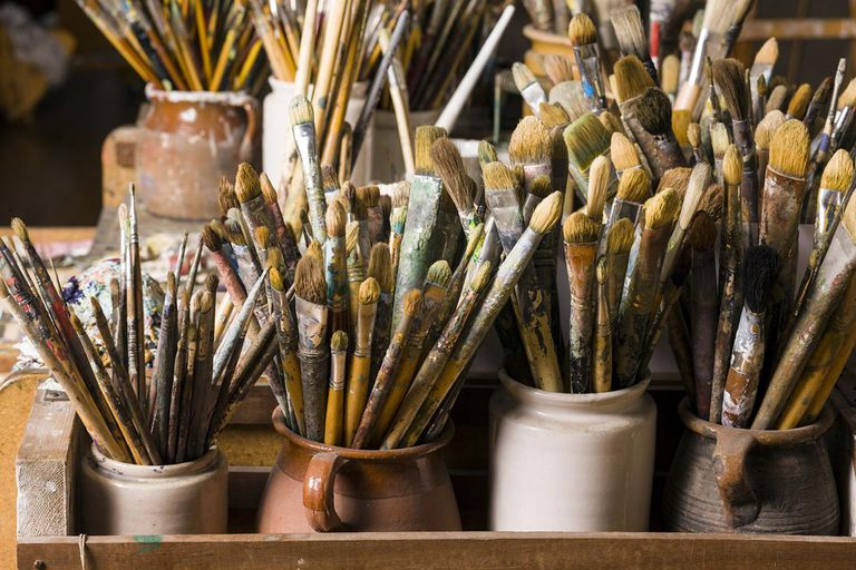 How to clean your paint brushes properly