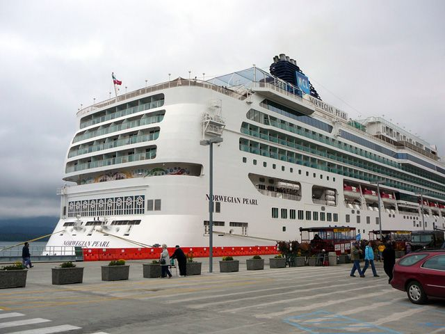 Norwegian Pearl Photo Gallery Alaska Inside Passage Cruise - Norwegian pearl cruise ship