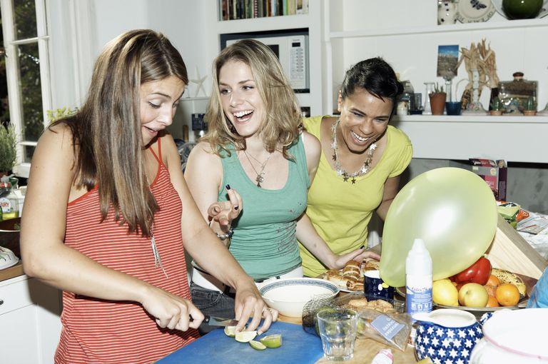 friends in kitchen
