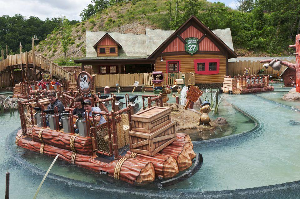 Dollywood, amusement ride, visitors shoot water at targets.