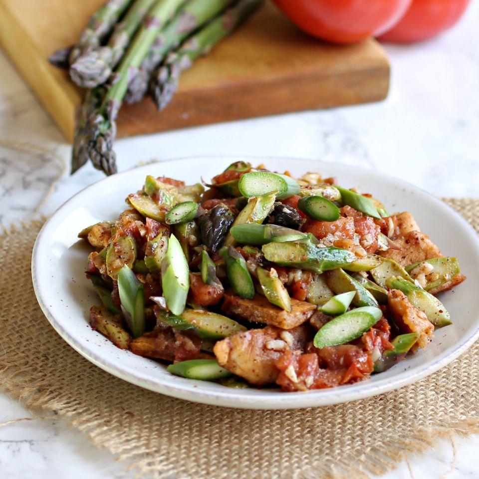 Tomato and Asparagus Fattoush Salad