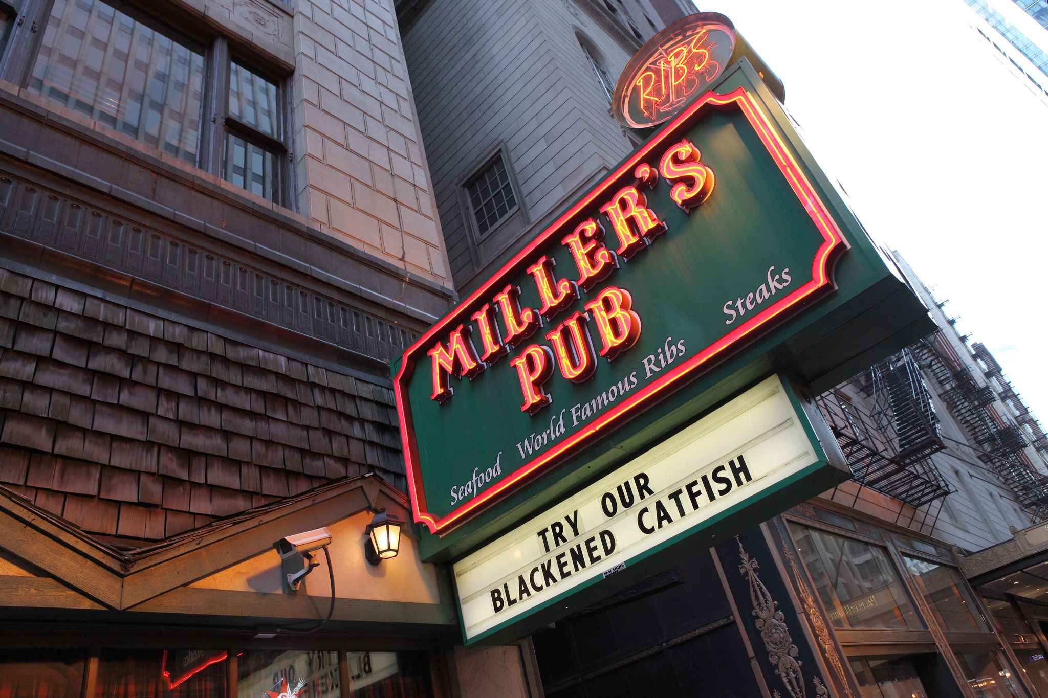 the top ten bars in chicago illinois
