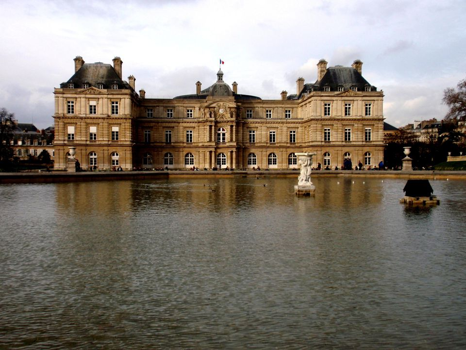The Jardin du Luxembourg, or the Luxembourg Gardens, is located in the heart of the 6th arrondissement in Paris.