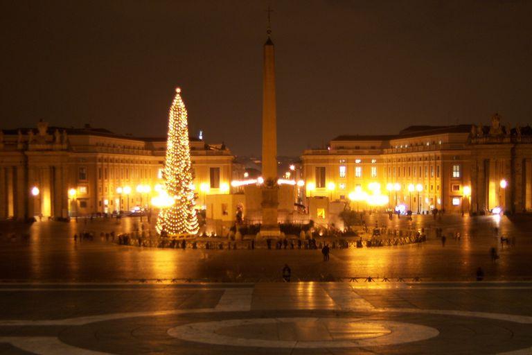The 2007 Christmas Tree in Saint Peter's Square, Vatican City. (Photo © Scott P. Richert)