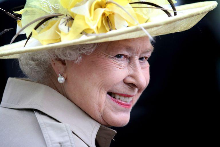 queen-halifax-ns-2010-lge.jpg