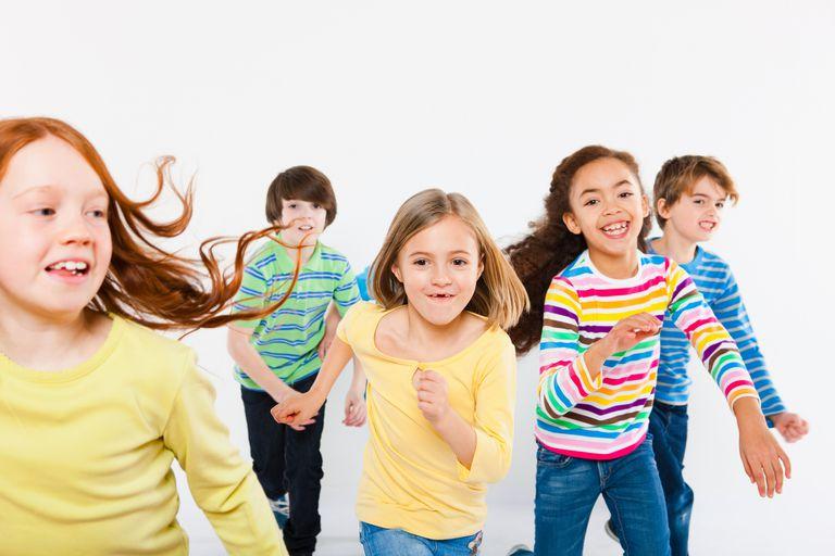 8 year old child physical development - children running