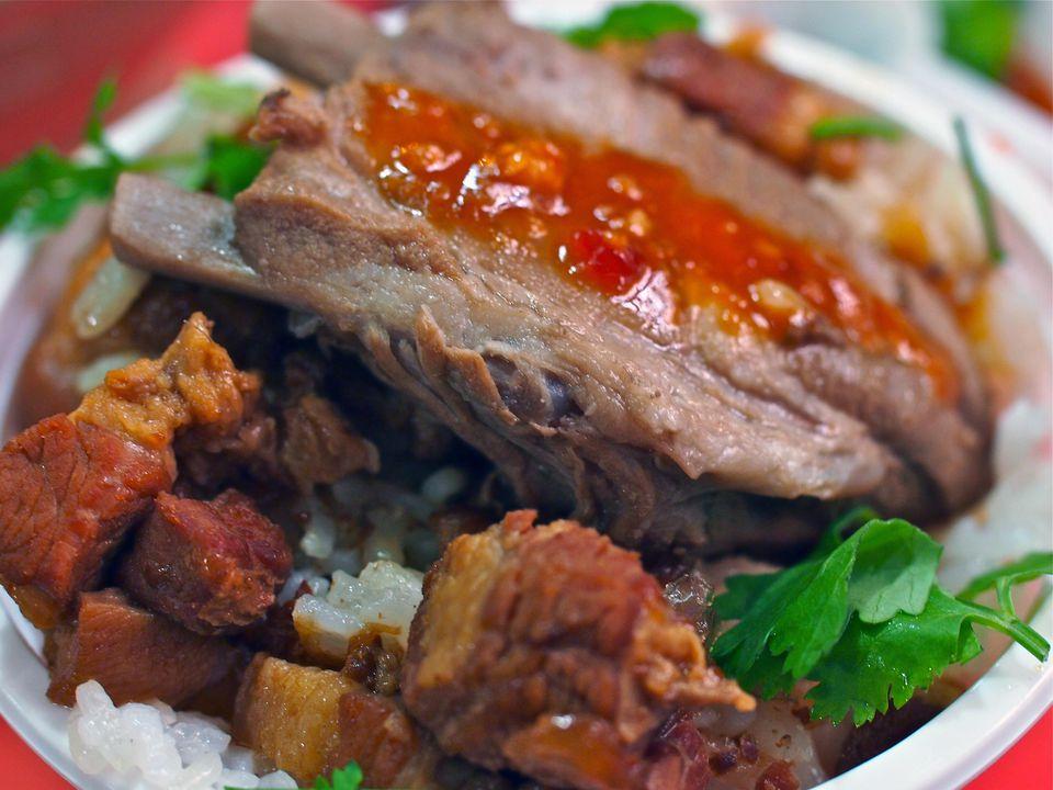 Braised Spareribs Over Minced Pork Rice