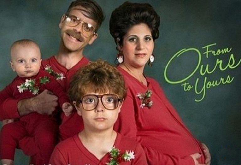 20 hilariously awkward family christmas photos bookmarktalkfo Choice Image