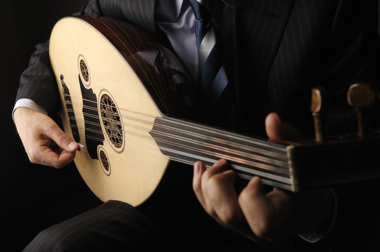 An Oud Being Played