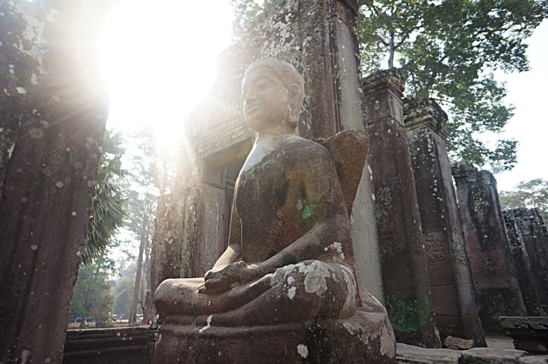 buddha-with-light-flare.jpg