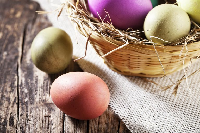 Natural egg dyes produce Easter eggs wtih a muted, earthy appearance.
