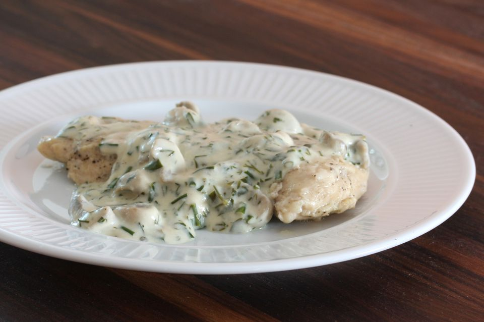 Chicken with Creamy Sauce with Herbs