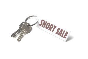 house keys with short sale on keychain