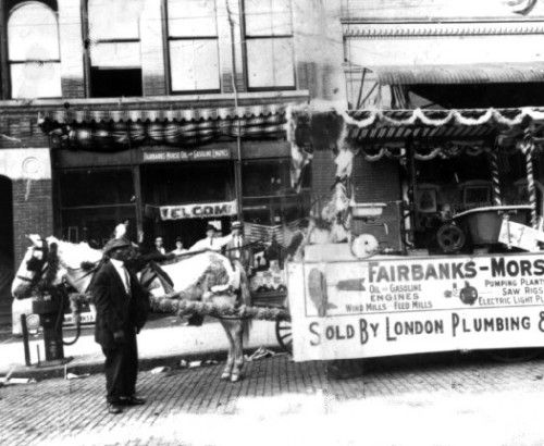 Preparing for a 4th of July parade in 1914.