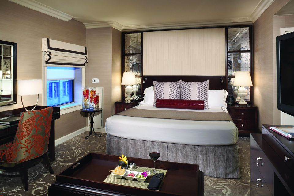 Hamilton Hotel King Guest Room