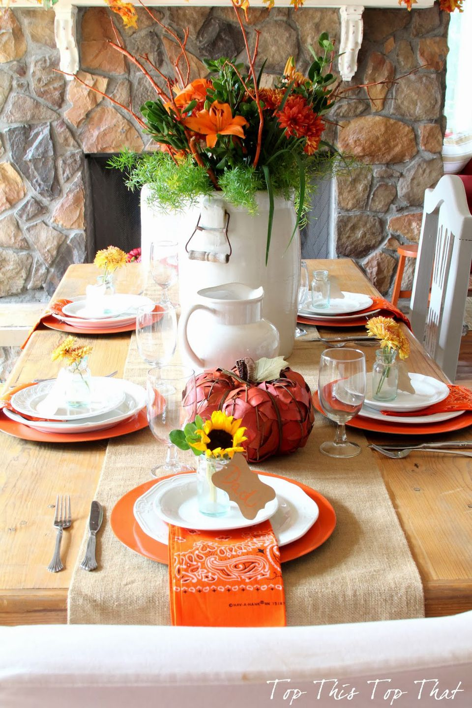 Country-Casual Thanksgiving Table