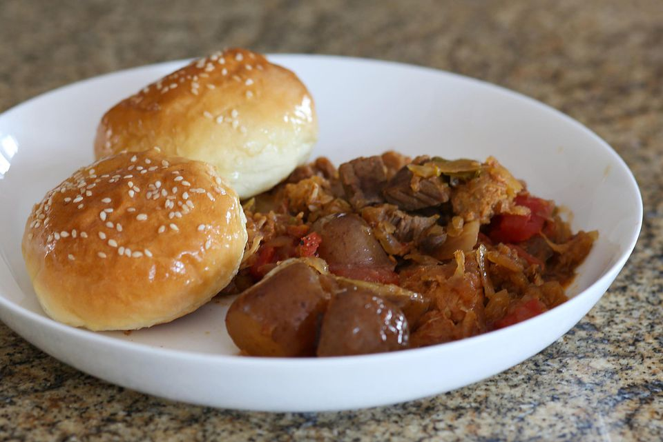 Slow Cooker Goulash with Pork and Beef