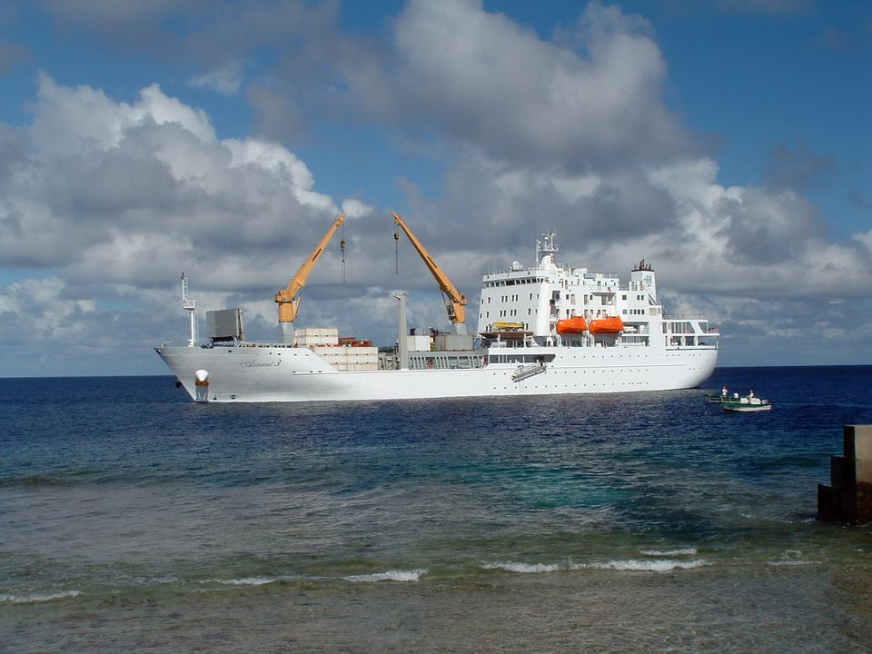 Aranui 3 cruise freighter