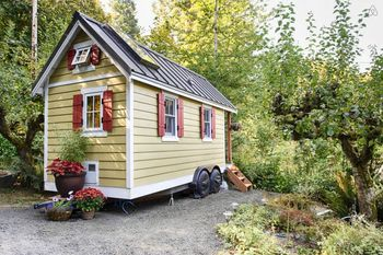 7 Vacation Rentals That Let You Test Drive Tiny House Living