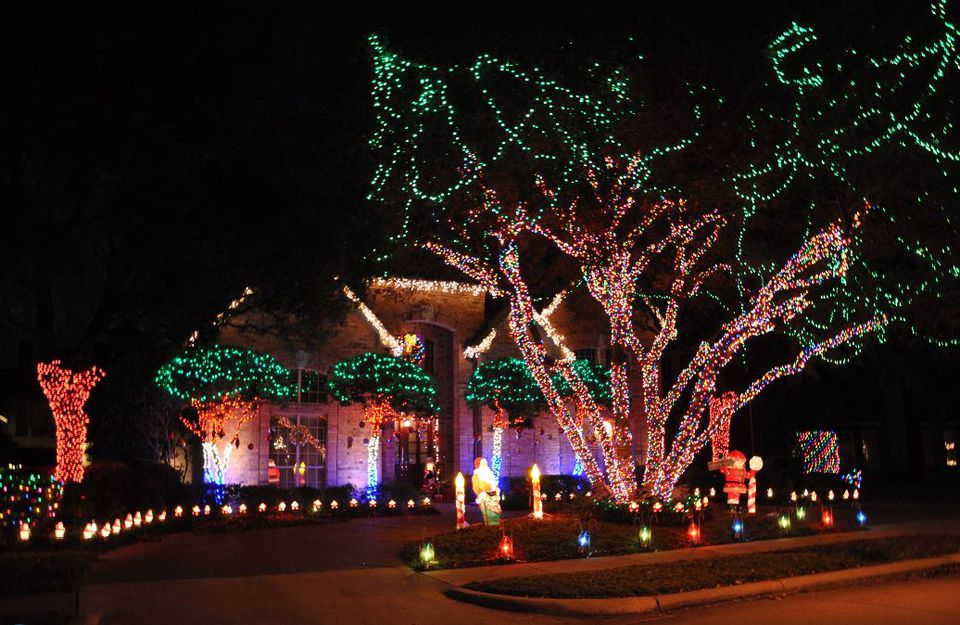 Where Are the Best Neighborhood Christmas Lights?