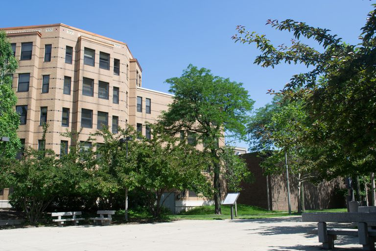 Courtyard Student Residence at the University of Illinois at Chicago