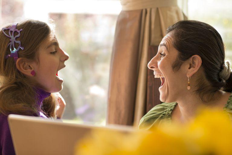 Surprised girl mom 173809970