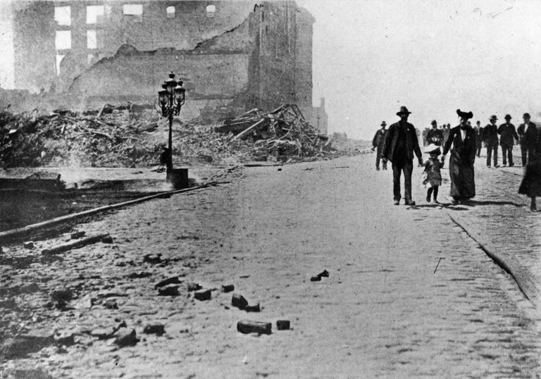 Damage caused at South Market Street, at the corner of Main Street, San Francisco, by the earthquake.