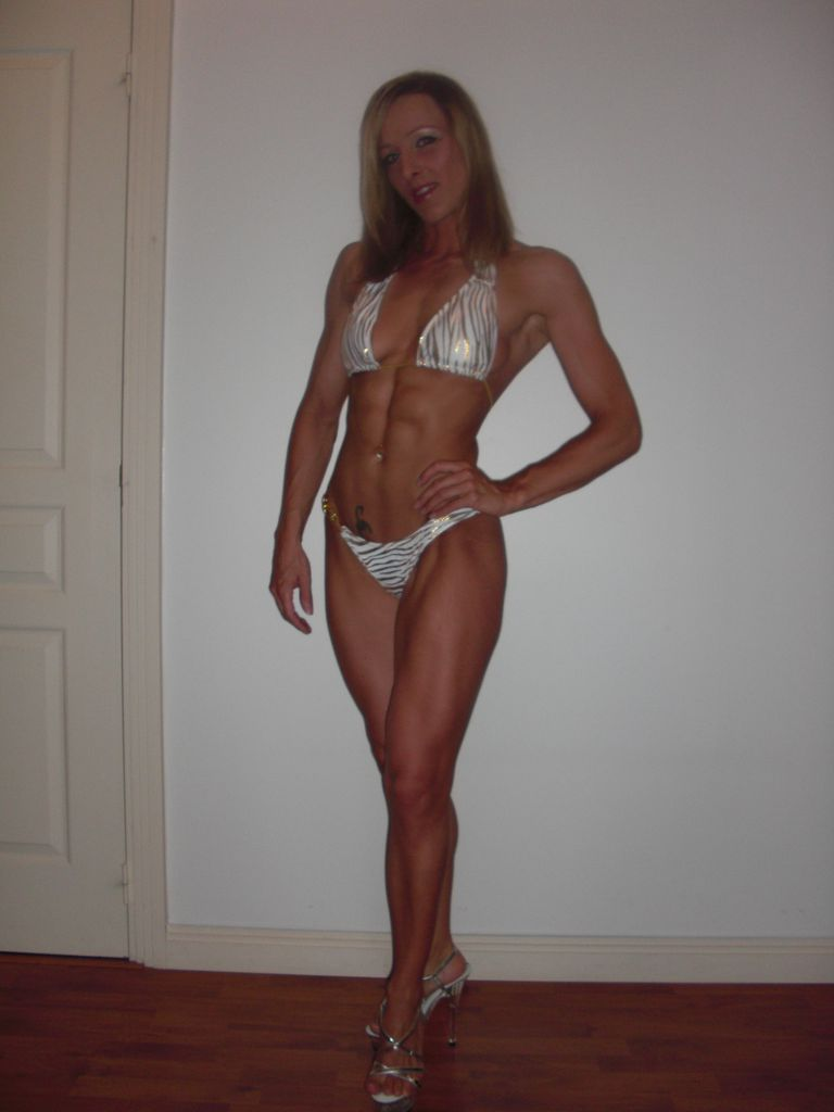 Beautiful Natural Female Bodybuilder Cecile Bayeul