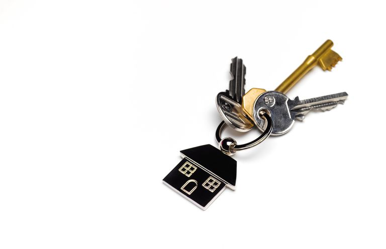 keys on house keychain