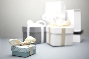 Picture of wedding gifts on a table